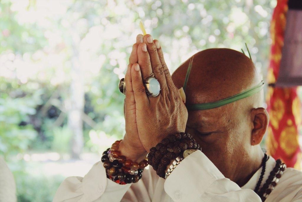 Balinesische-Zeremonie-Fivelements-Ubud