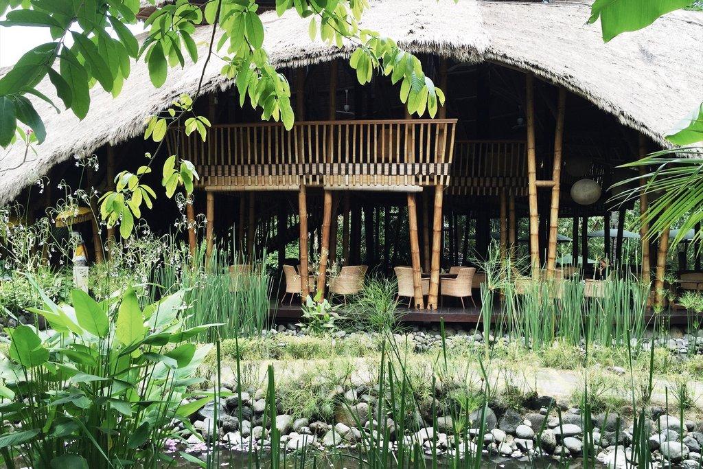 Sakti-Dining-Room-Bali