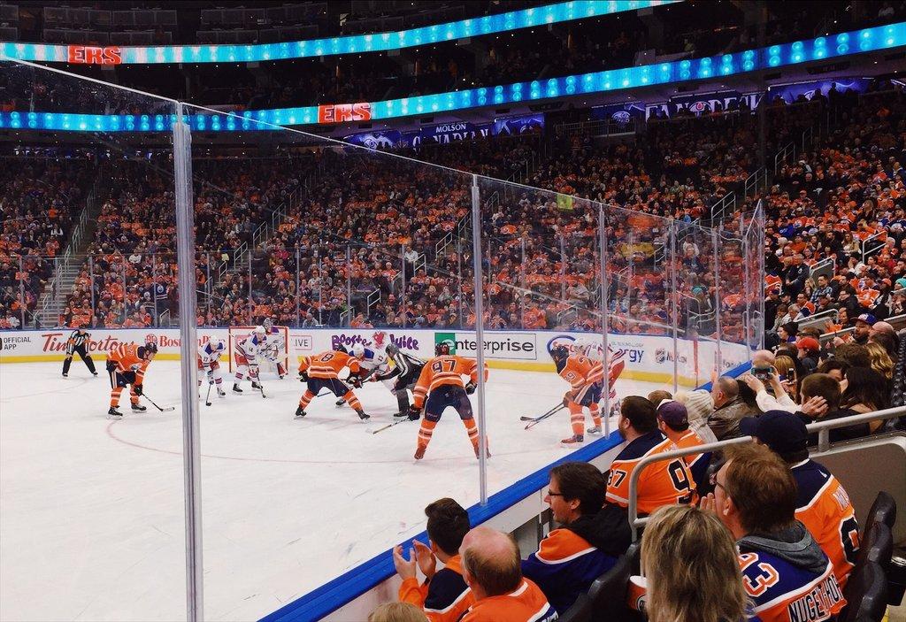 Edmonton-Oilers-Eishockey-NHL-Rogers-Place