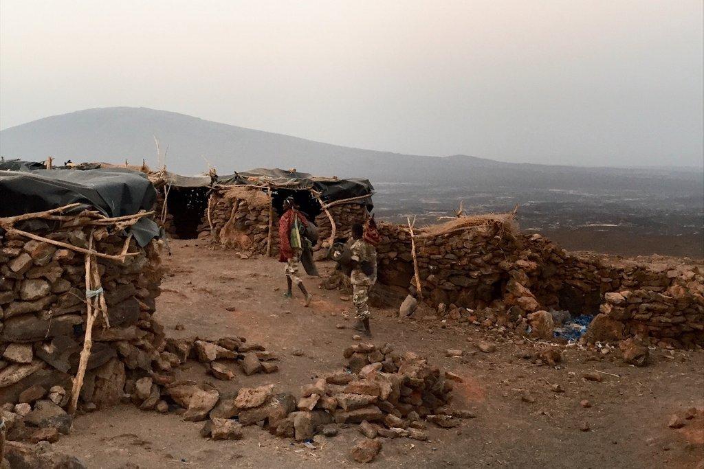 Erta-Ale-Danakil-Aethiopien-Vulkan-Militaercamp