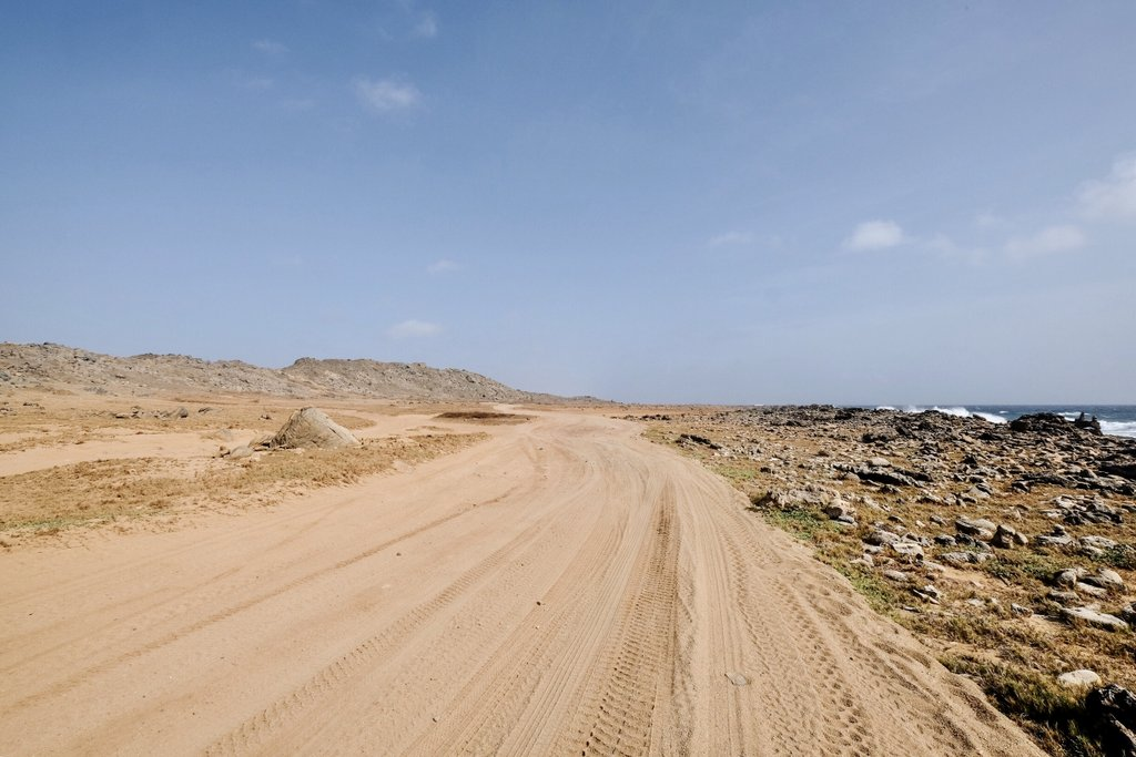 Aruba-Nordkueste-Mietwagen-Abenteuer-Strasse