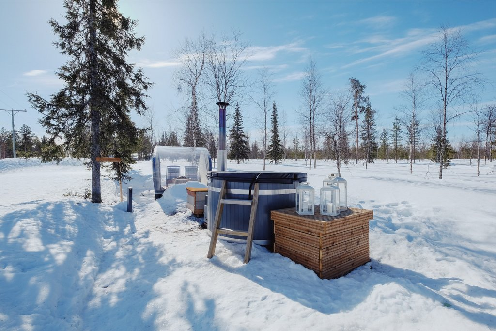 Finnisch-Lappland-WInter-Northern-Lights-Ranch-Sauna