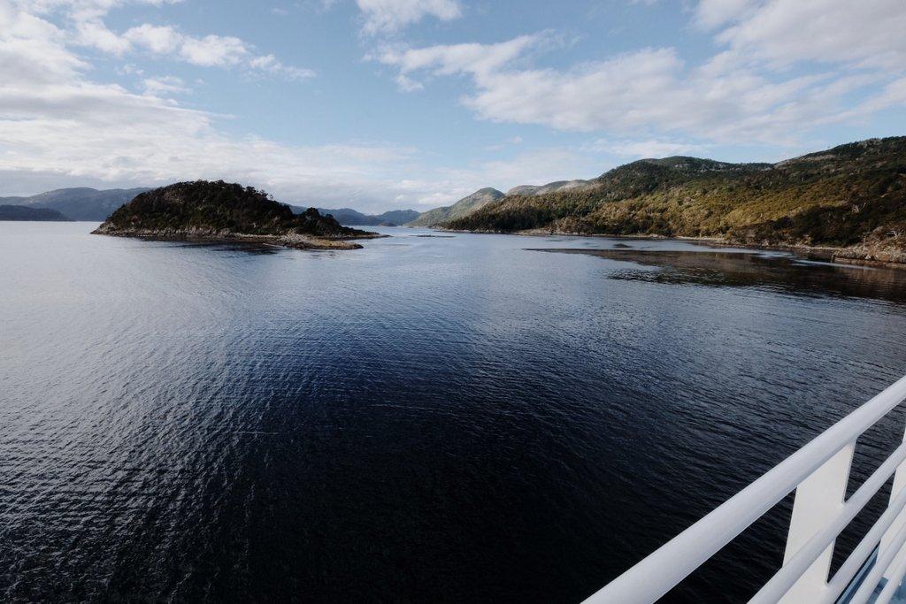 Kreuzfahrt-Patagonische-Fjorde-Feuerland-Wulaia-Bucht