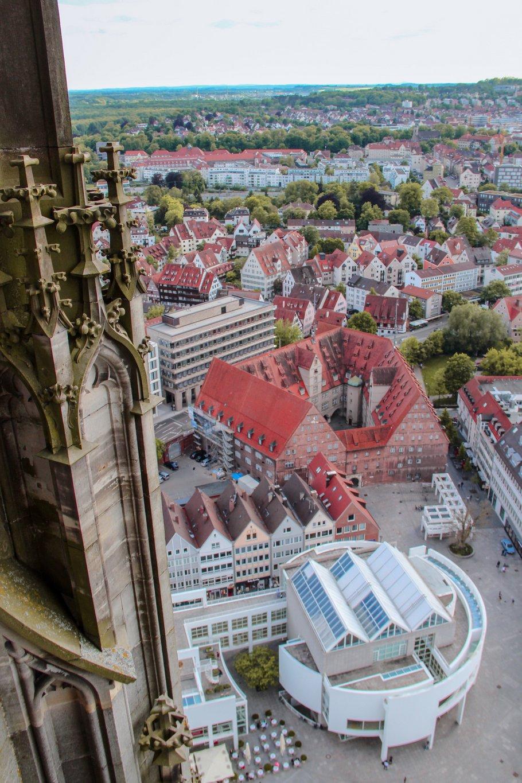Kirchturm-Ulmer-Muenster-Sehenswuerdigkeiten-Ulm