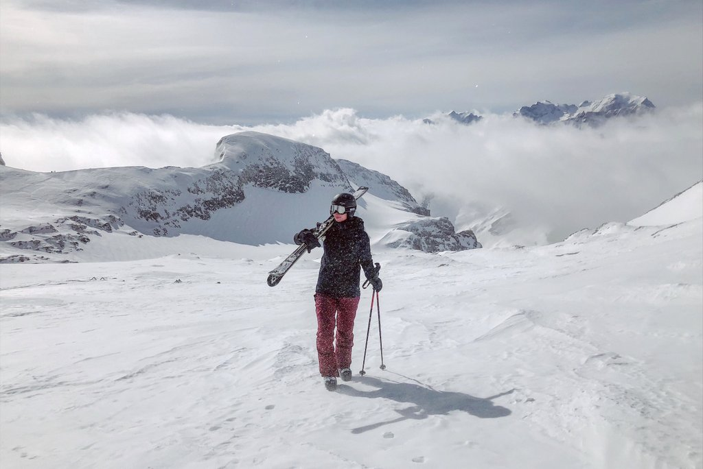 Skifahren-in-Laax-Graubuenden-Schweiz