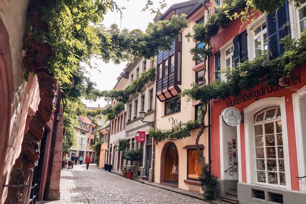 Freiburg-Tipps-Altstadt-Gassen