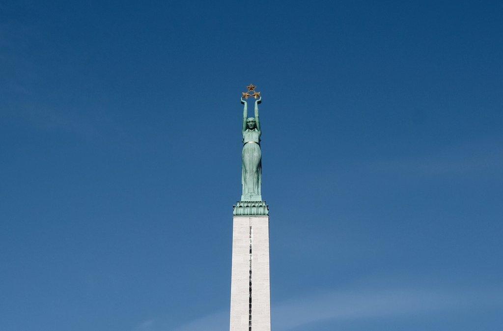 Riga-Freiheitsdenkmal-Sehenswuerdigkeiten