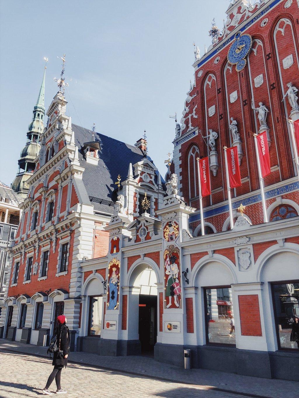 Riga-Sehenswuerdigkeiten-Schwarzhaeupterhaus