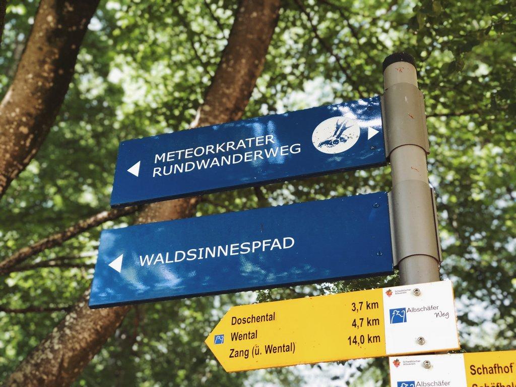 Albschaeferweg-Meteorkrater-Steinheim-Zang