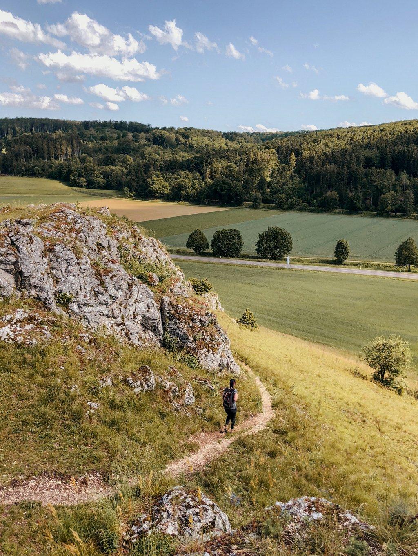 Burgstall-Meteorkrater-Wanderweg-Schwaebische-Alb