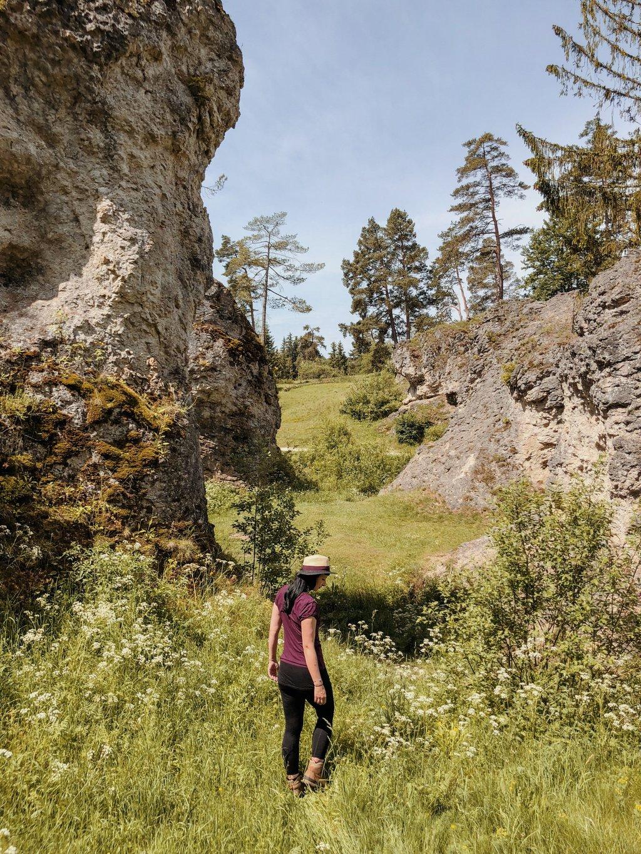 wandern-Schwaebische-Alb-Wental-Felsenmeer