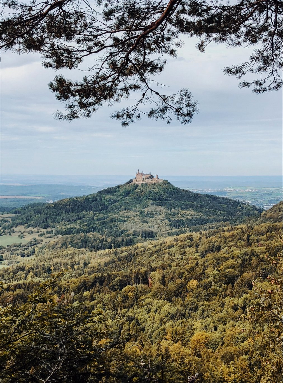 Zollernburg-Panorama-Hohenzollern-Blick