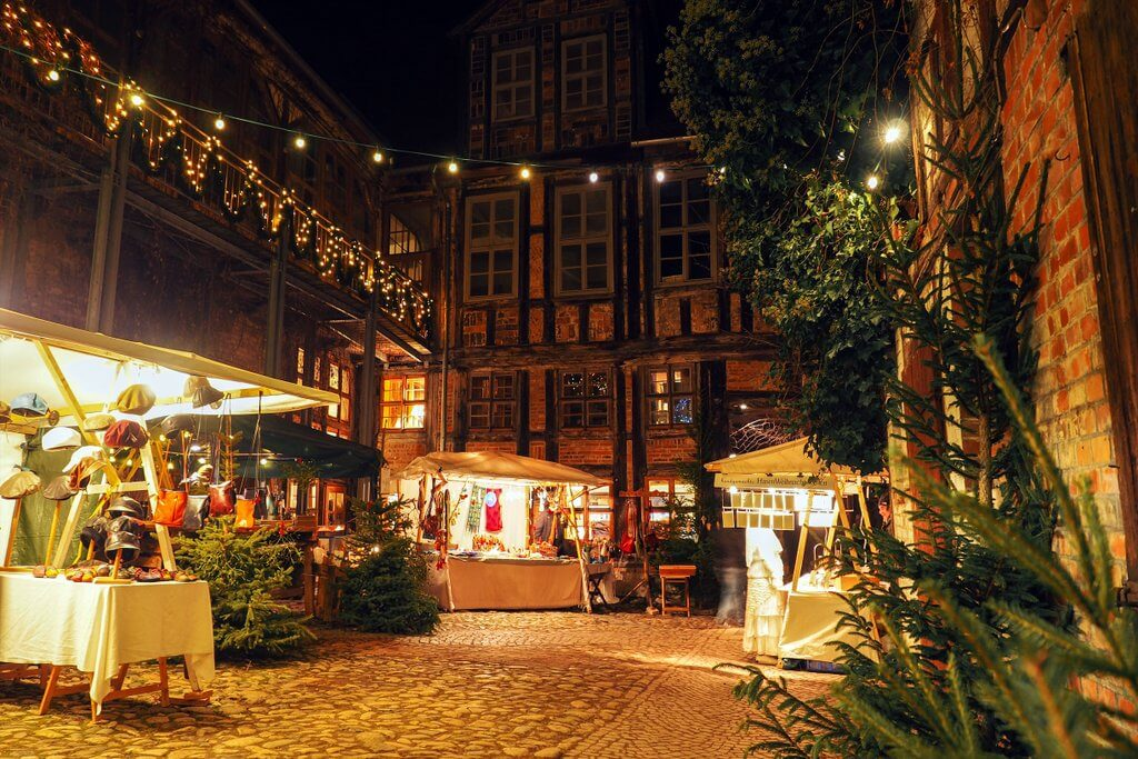 Quedlinburg Advent in den Hoefen Weihnachtsmarkt