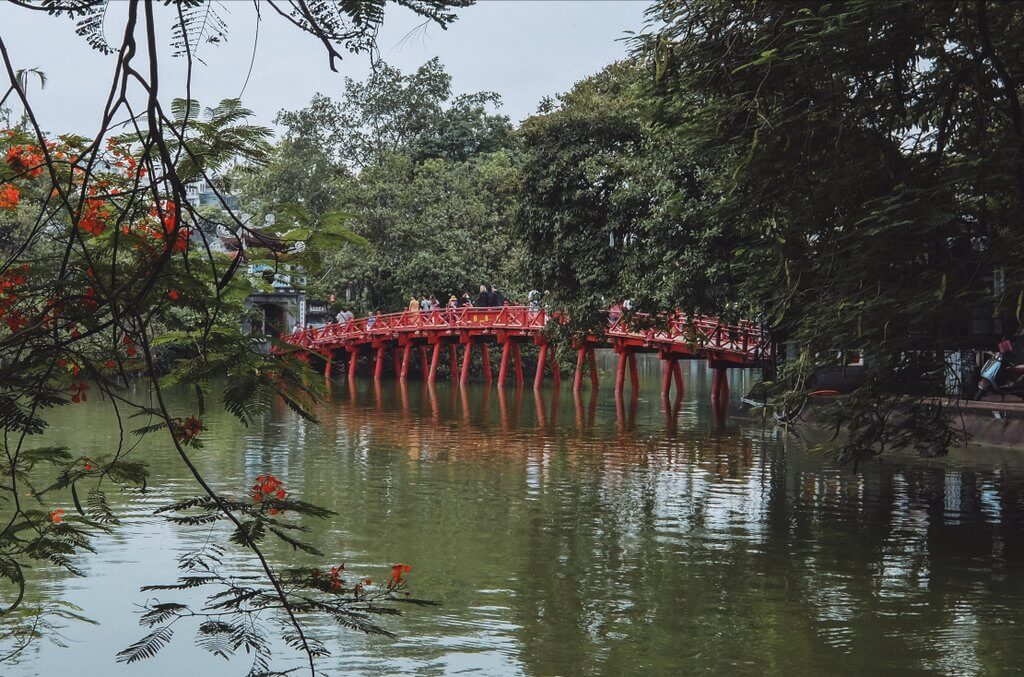 Bruecke Hoan Kiem See Hanoi