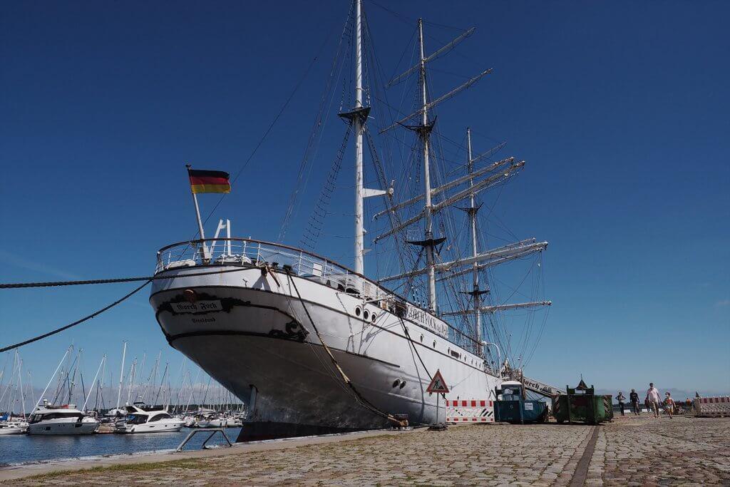 Gorch Fock I Stralsund Hafen